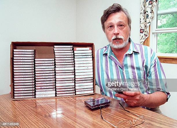 Staff Photo by Gordon Chibroski, Mon, Jun 26, 2000: Mark Swett, an expert on the Waco shootout and writer of a book on David Koresh and the Branch...