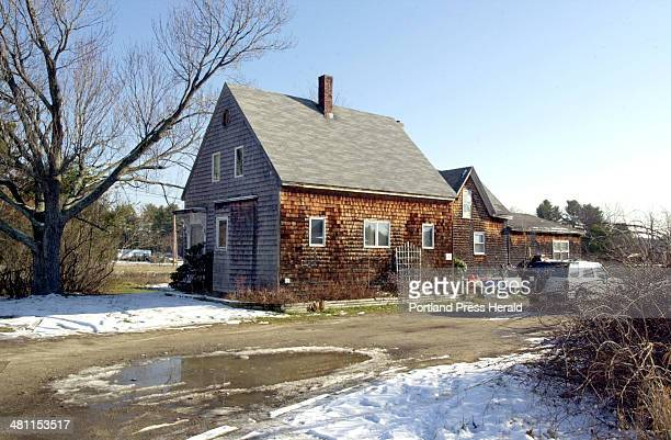 Staff Photo by John Patriquin Tuesday December 11 2001 68 County Rd in Scarborough is where murder suspect Jeffrey Russ Gorman lived and is within a...