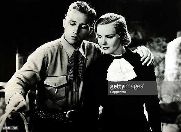 Stage and Screen Music / Personalities pic circa 1936 Bing Crosby appearing in the film Rhythmn on the Range with actress Frances Farmer American...