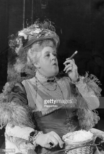 """Stage and Screen, Personalities, pic: 1950, London, British actress Margaret Rutherford in a scene from the West End play """"Ring Around The Moon"""""""