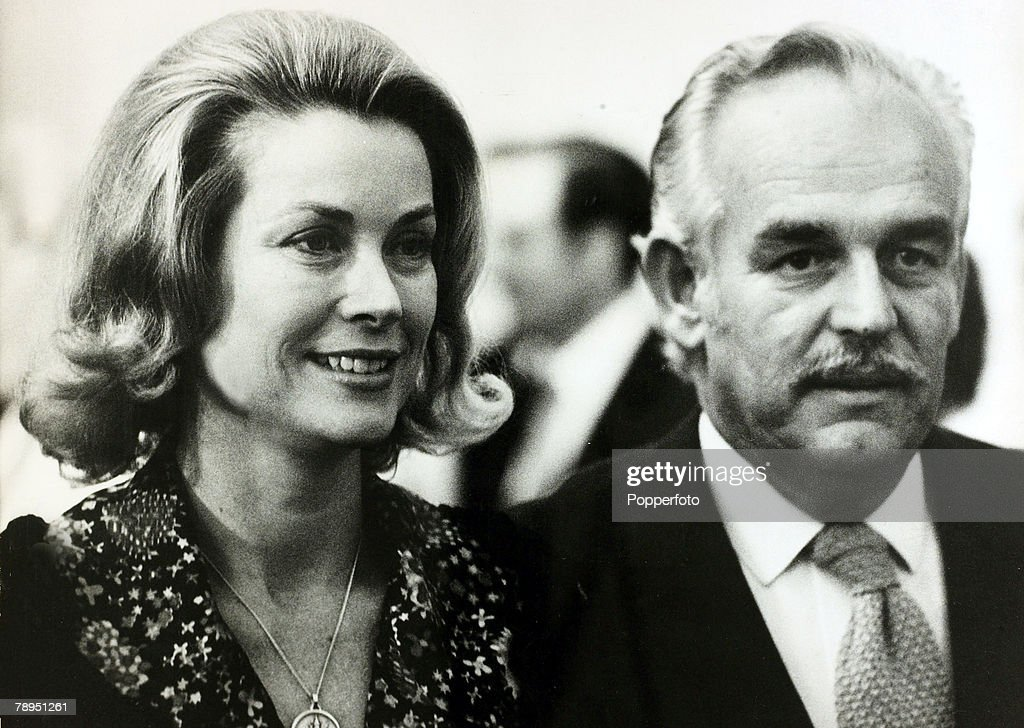 "Stage and Screen. Personalities. pic: 29th August 1972. Princess Grace with Prince Rainier of Monaco. The former Grace Kelly, (1929-1982) born in Philadelphia, was a cool, elegant beauty, who starred in such films as ""High Noon"" and ""To Catch A Thief"" bef : News Photo"