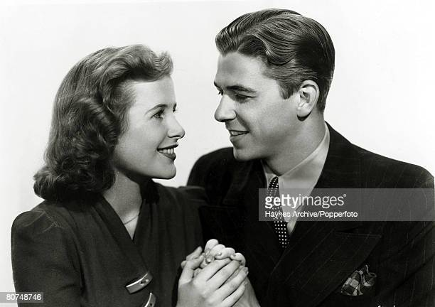"""Stage and Screen, , Personalities, USA, pic: circa 1937, American actor Ronald Reagan as he appeared in the film """"Sergeant Murphy"""" with actress Mary..."""