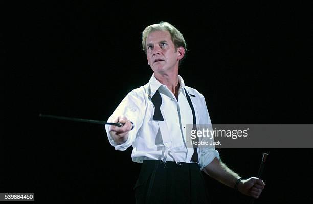 stage production of don juan in london - robbie jack stockfoto's en -beelden