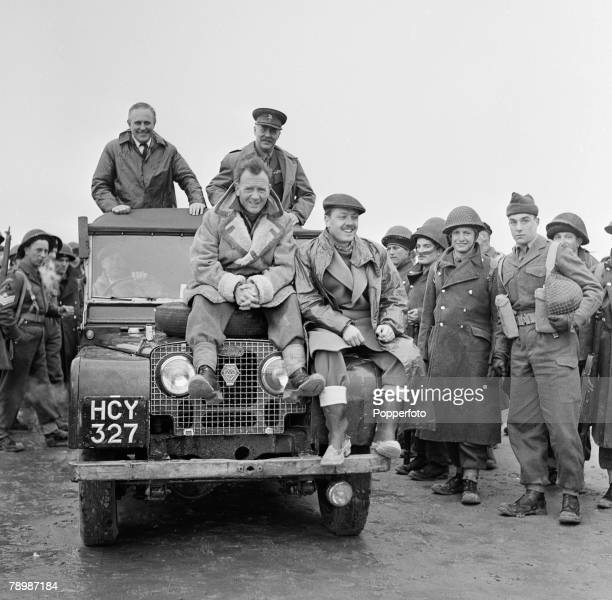 Stage Screen Camber Sands England Actors Richard Attenborough and John Mills seen here in an Ealing Studios film reconstruction of the evacution of...