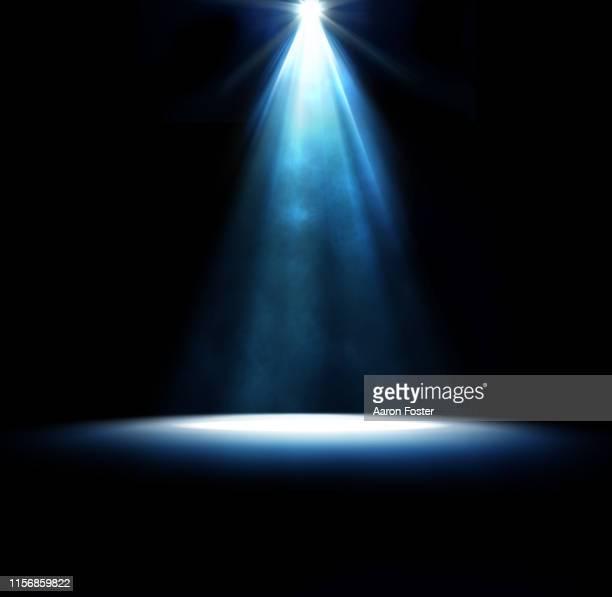 stage spot light - scheinwerfer stock-fotos und bilder