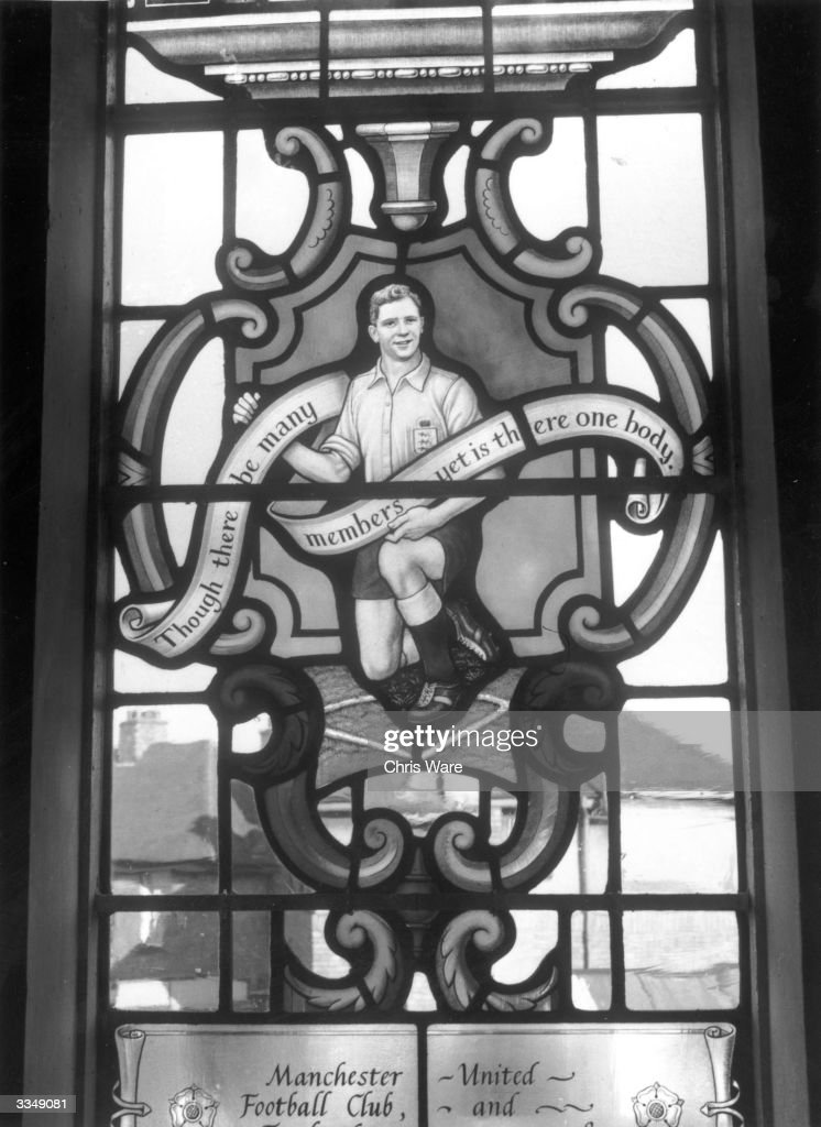 A stained glass window of St Francis' Church in Dudley, Worcestershire, commemorates the career of Manchester United footballer Duncan Edwards, who was born locally and died with seven other team members in a plane crash in Munich in 1958.