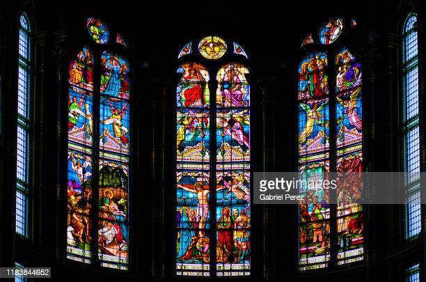 stained glass windows - unesco stockfoto's en -beelden