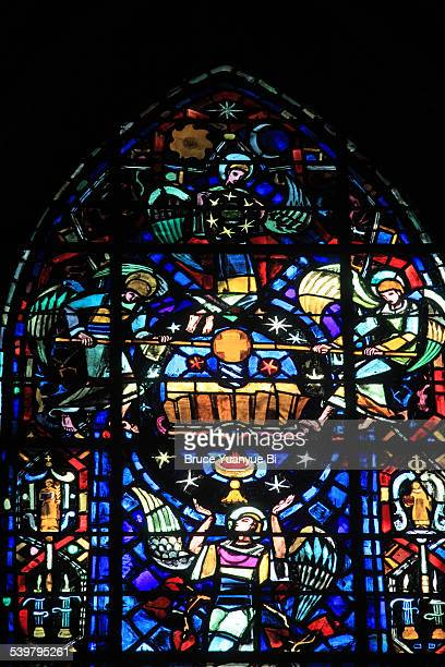 stained-glass window of reims cathedral - reims cathedral stock pictures, royalty-free photos & images