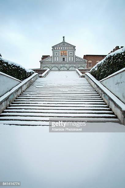 staircase of san miniato al monte church under snow - san miniato stock pictures, royalty-free photos & images