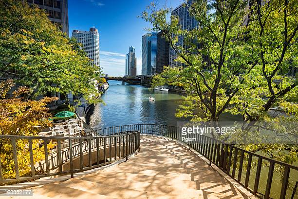 stairs to the chicago riverwalk - chicago river stock pictures, royalty-free photos & images
