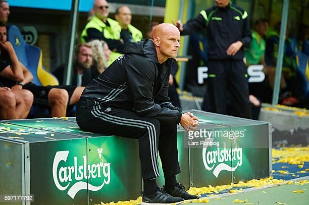 Stale Solbakken head coach of FC Copenhagen looks on during the Danish Alka Superliga match between Brondby IF and FC Copenhagen at Brondby Stadion...