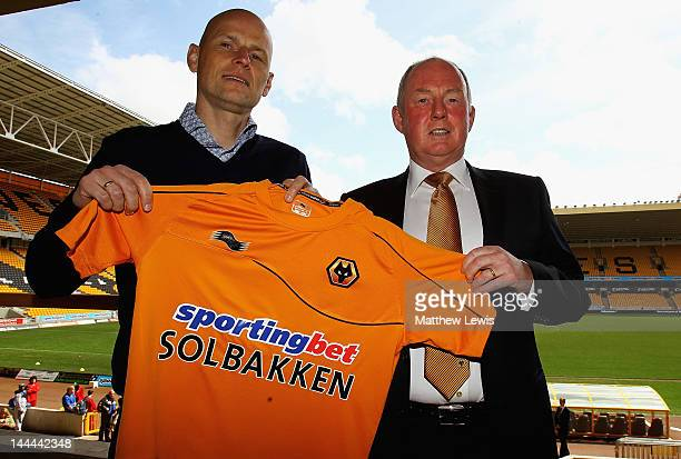 Stale Solbakken is unveiled as the new Wolverhampton Wanderers manager with Chairman Steve Morgan at Molineux on May 14 2012 in Wolverhampton England