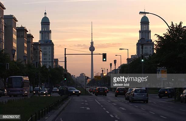 Stalinbauten in der Frankfurter Allee in Berlin