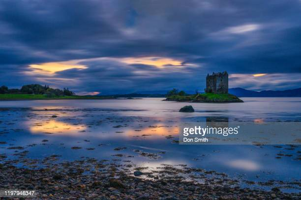 stalker castle, addin, scotland - don smith stockfoto's en -beelden
