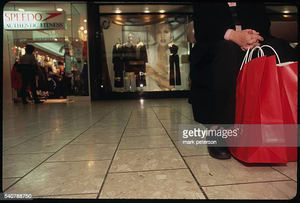 Stamford, Connecticut: People shopping at Stamford Town Center Mall.