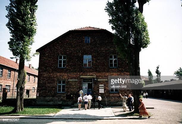 """Stammlager Auschwitz: """"Häftlings-Krankenbau - Chirurgische Abteilung"""" - Wirkungsstätte von KZ-Arzt Josef Mengele - August 1998"""
