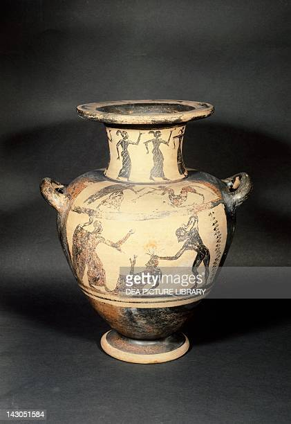 Stamnos by the Painter of the Vatican Blackfigure pottery Etruscan Civilisation 6th Century BC Vienna Kunsthistorisches Museum