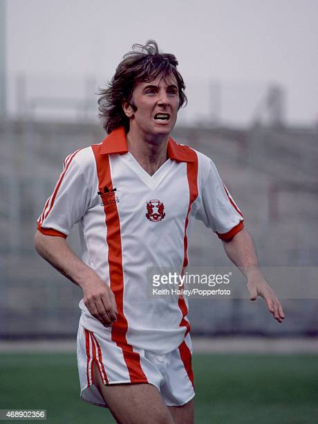 Stan Bowles in action for Leyton Orient circa August 1980