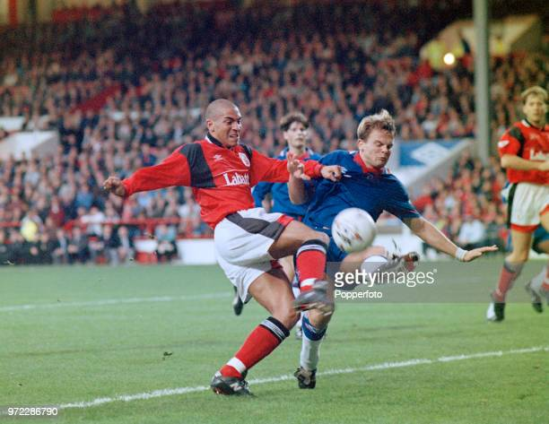 Stan Collymore of Nottingham Forest battles with Jakob Kjeldberg of Chelsea during an FA Carling Premiership match at the City Ground on November 19...