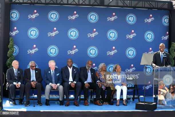 Stan KastenFrank RobinsonVin ScullyMagic Johnson David Robinson Sharon Robinson Rachel Robinson and Kevin Frazier on stage at the unveiling of the...