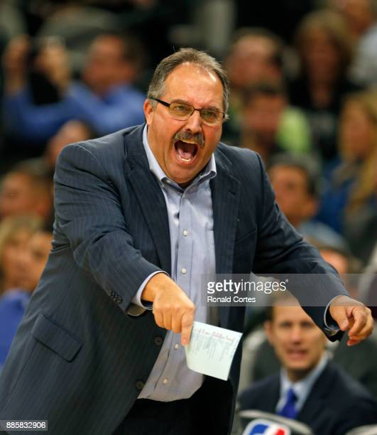 Stan Van Gundy head coach of the Detroit Pistons yells at officials during game against the San Antonio Spurs at ATT Center on December 04 2017 in...