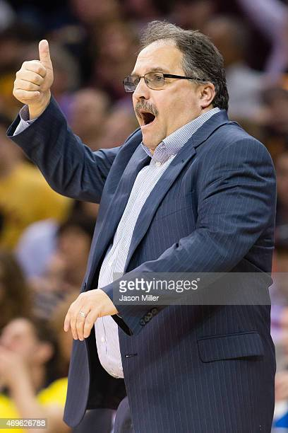 Stan Van Gundy of the Detroit Pistons yells to his team during the second half against the Detroit Pistons at Quicken Loans Arena on April 13 2014 in...