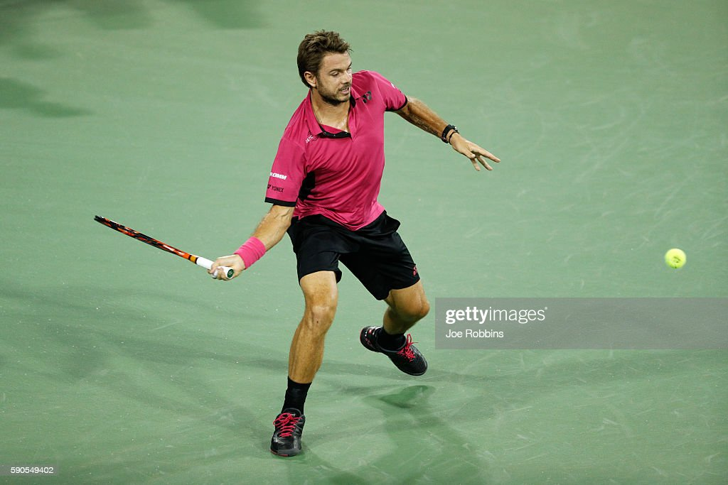 Stan Wawrinka of Switzerland hits a return to Jared Donaldson of the United States on Day 4 of the Western & Southern Open at the Lindner Family Tennis Center on August 16, 2016 in Mason, Ohio.