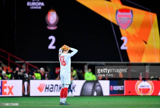 Standard's goalkeeper Arnaud Bodart reacts at the end of the UEFA Europa League Group F football match between R. Standard de Liege and Arsenal FC at...