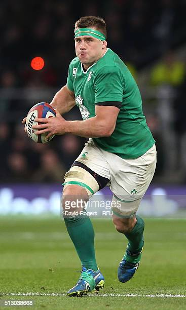 Stander of Ireland runs with the ball during the RBS Six Nations match between England and Ireland at Twickenham Stadium on February 27 2016 in...
