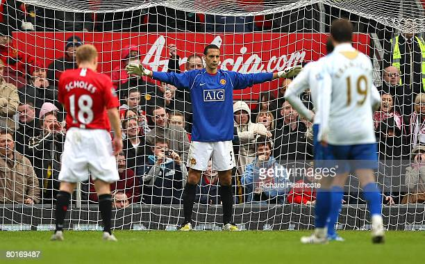 Stand-in goalkeeper Rio Ferdinand of Manchester United prepares himself before a penalty during the FA Cup Sponsored by e.on Quarter Final match...