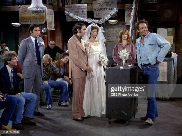 Standing from left Judd Hirsch as Alex Reiger Andy Kaufman as Latka Gravas Rita Taggart as Vivian Harrow Marilu Henner as Elaine O'connorNardo and...