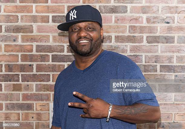 Standup comedian actor voice artist and comedian Aries Spears visits Fox 29's 'Good Day' at FOX 29 Studio on August 25 2016 in Philadelphia...