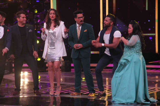 Standup comedian Bharti Singh actor Sonakshi Sinha filmmaker Mohit Suri and choreographer Terence Lewis during the promotion of film Noor and Nach...