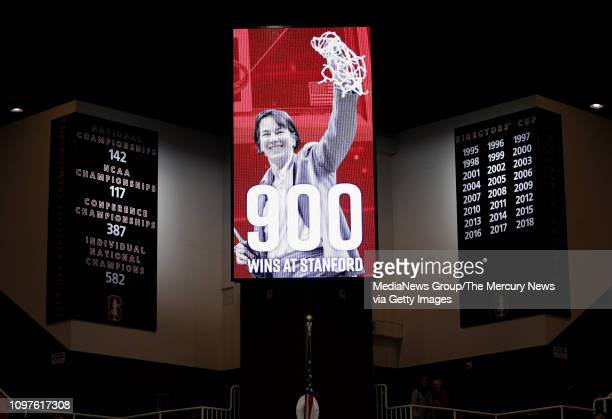 Stanford Cardinal head coach Tara VanDerveer won her 900th game at Stanford after the Cardinal's beat the Washington State Cougars 85-64 at Maples...