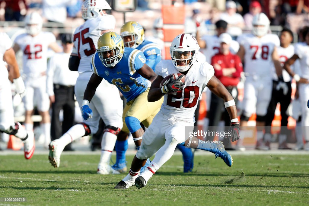 COLLEGE FOOTBALL: NOV 24 Stanford at UCLA : News Photo