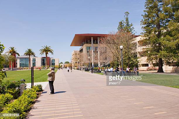 stanford university visitors and students - palo alto stock pictures, royalty-free photos & images