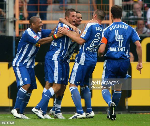 Stanislav Sestak of Bochum celebrates the third goal and 3-3 during the Bundesliga match between VfL Bochum and Borussia Moenchengladbach at the...