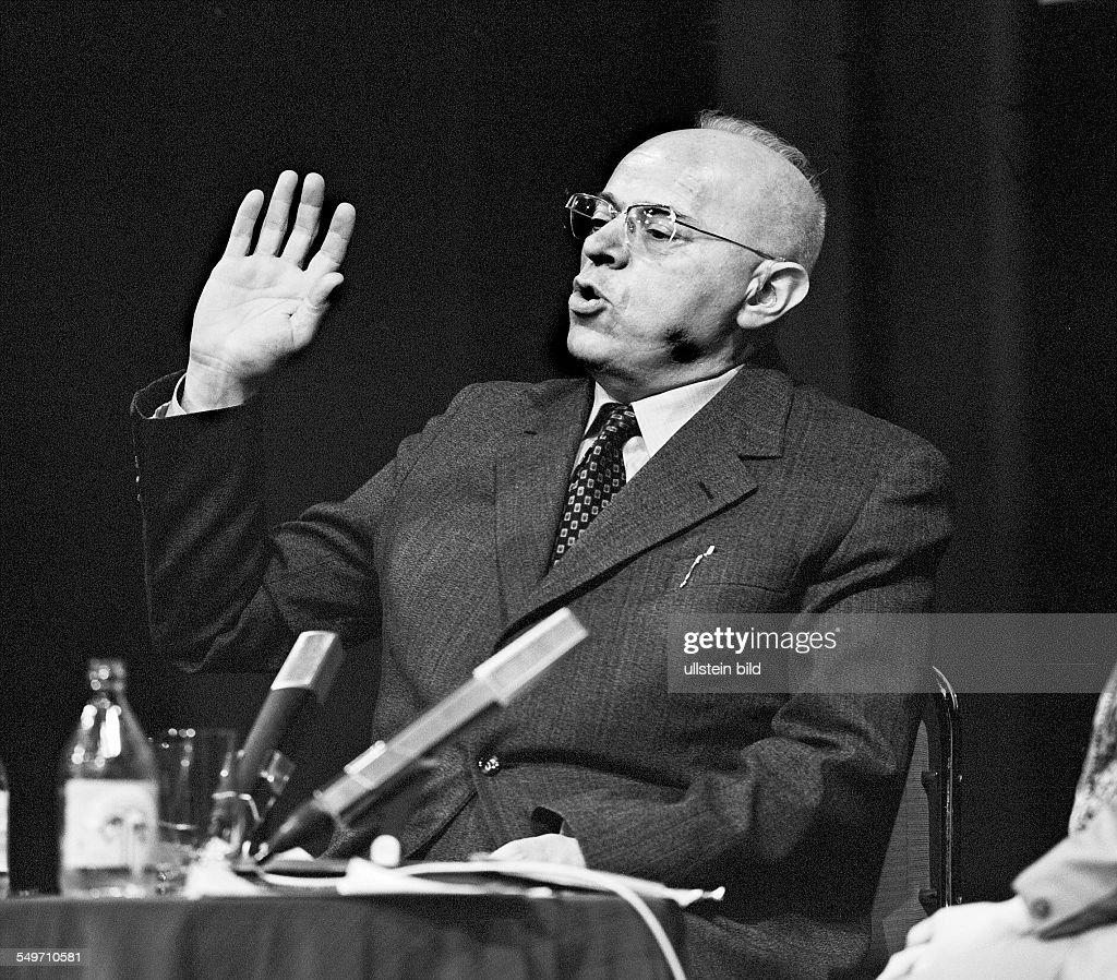 Stanislaw Lem. Schriftsteller. *12.09.1921-27.03.2006+ Polen. : Fotografia de notícias