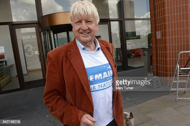 Stanley Johnson father of Boris Johnson MP speaks to journalists outside the Vote Leave campaign offices on June 24 2016 in London United Kingdom The...