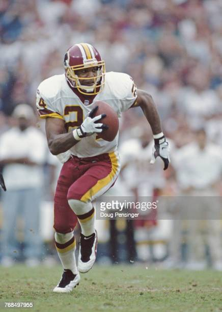 Stanley Richard Defensive Back for the Washington Redskins runs the ball during the National Football Conference East game against the Indianapolis...