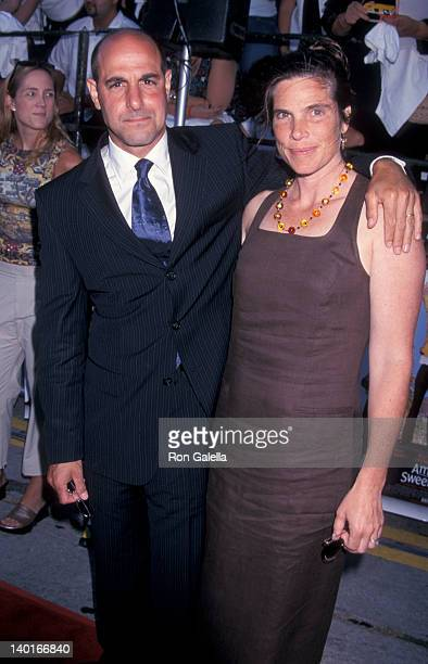 Stanley Tucci and Kate Tucci at the Premiere of 'America's Sweethearts' Mann Bruin Theater Westwood
