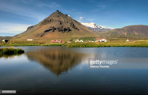 stapafell and snaefellsjokull glacier reflections - houses in antarctica stock pictures, royalty-free photos & images