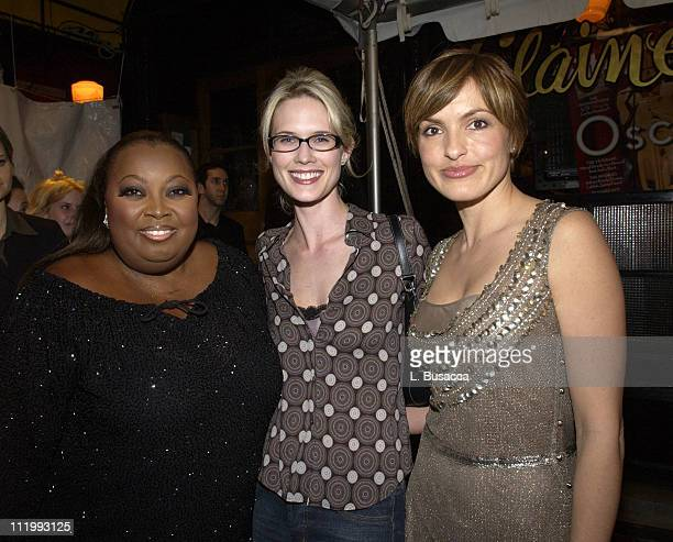Star Jones Stephanie March and Mariska Hargitay during Entertainment Weekly 9th Annual Academy Awards Viewing Party at Elaine's in New York City New...