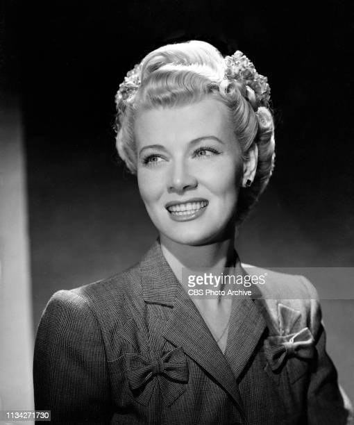 Star of the CBS Radio situation comedy Blondie Penny Singleton models fashion Hollywood California March 20 1944