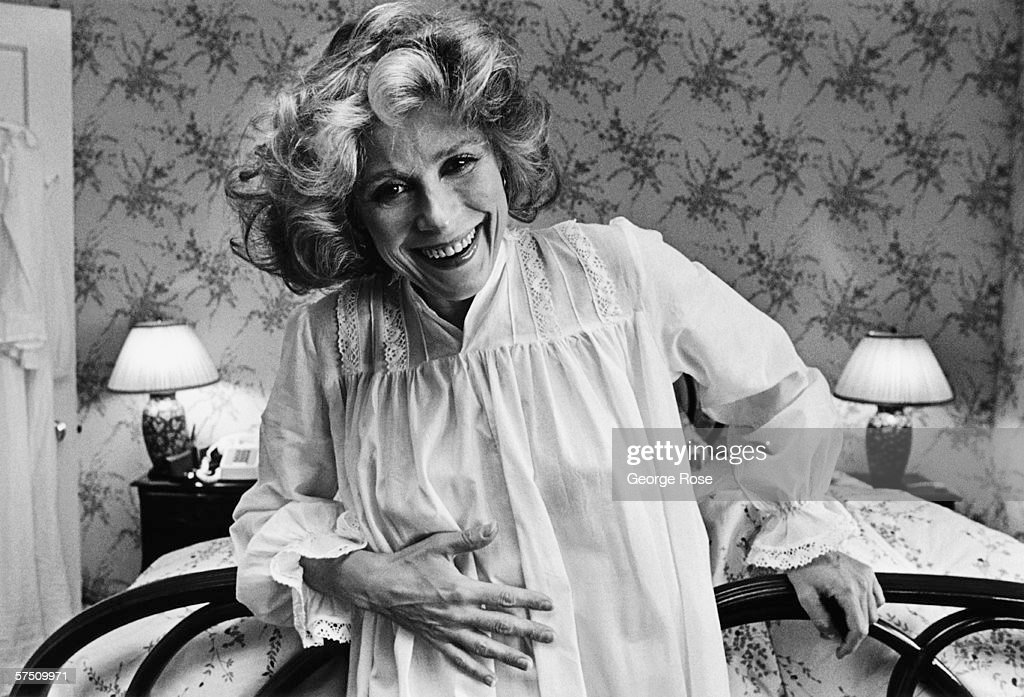 Star Of Theatre Film And Television Actress Joan Hackett Breaks Up News Photo Getty Images