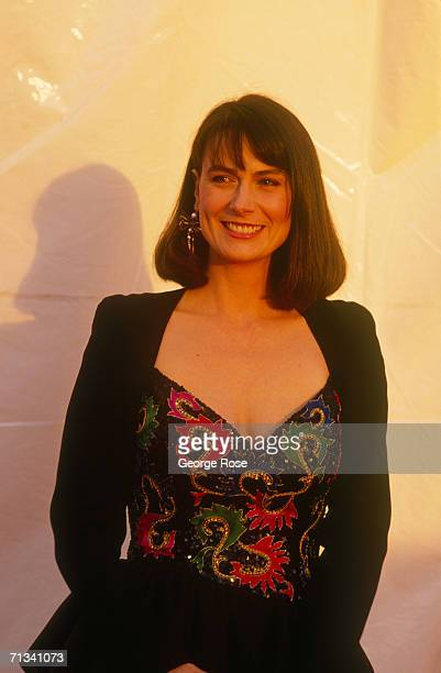 Star of TV's Thirty Something Mel Harris arrives at the 1989 Emmy Award ceremonies in Pasadena California Harris played Hope in the popular ABC TV...