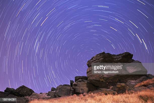 star trails, west yorkshire, england, uk - simon higginbottom stock pictures, royalty-free photos & images