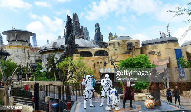 Star Wars characters R2-D2, Hondo Ohnaka, BB-2 and Chewbacca perform during the Star Wars: Galaxy's Edge Dedication Ceremony at Disney's Hollywood...