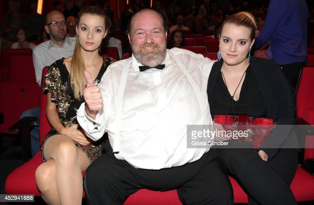 Star-Hairdresser Wolfgang Lippert and daughter Natalie and Maxyne attend the premiere of Alvin Ailey American Dance Theater Premiere at Deutsches...