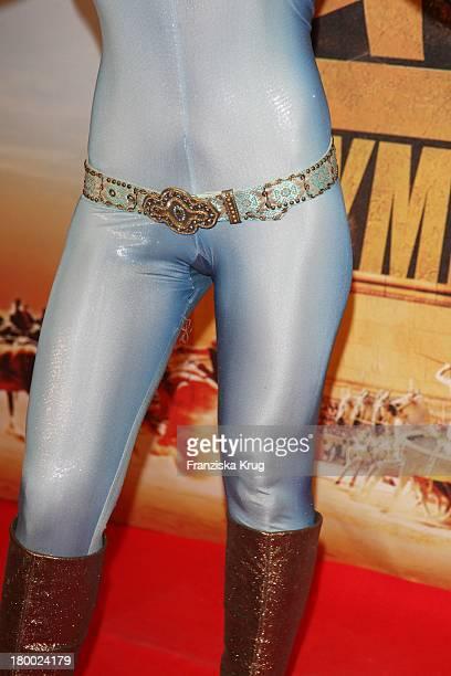 Starlet Davorka Tovilo Bei Der Premiere Von 'Asterix Bei Den Olympischen Spielen' Im Maxx Kino In München